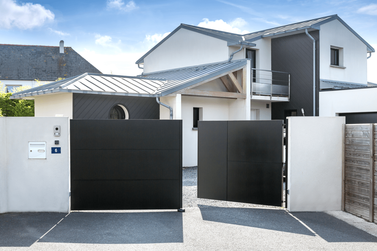 Un style industriel pour votre portail en aluminium